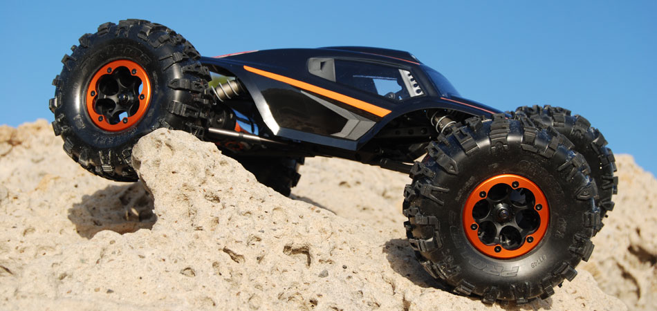 axial-xr10-rock-crawler